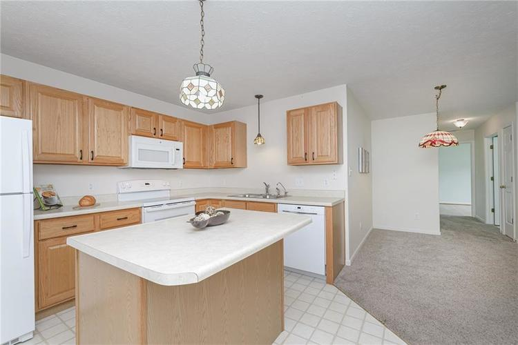 6552 CAHILL Place #D Indianapolis, IN 46214 | MLS 21663011 | photo 12