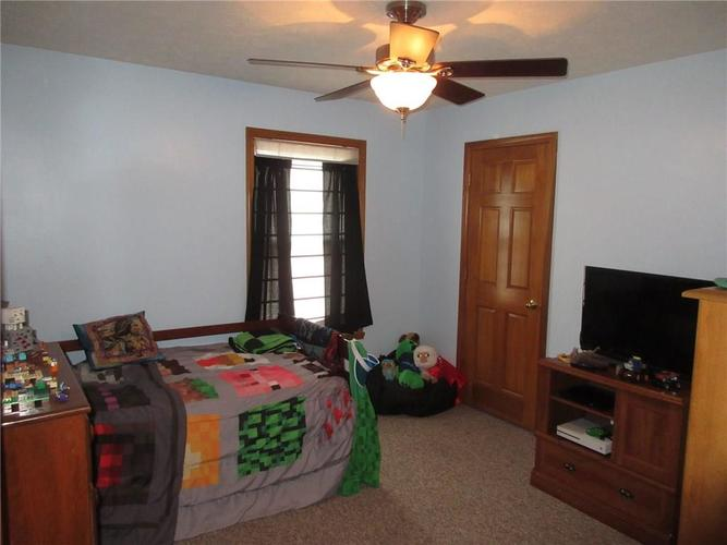 000 Confidential Ave.Greenwood, IN 46142   MLS 21663015   photo 10