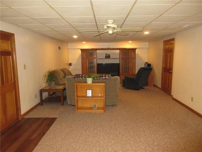 000 Confidential Ave.Greenwood, IN 46142   MLS 21663015   photo 14