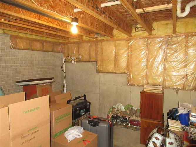 000 Confidential Ave.Greenwood, IN 46142   MLS 21663015   photo 17