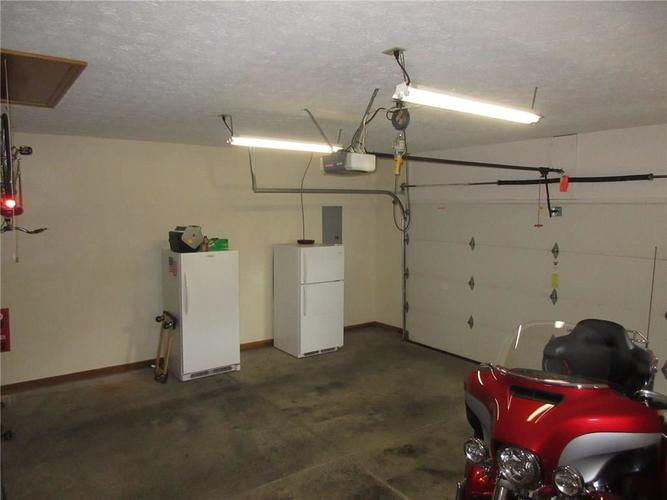 000 Confidential Ave.Greenwood, IN 46142   MLS 21663015   photo 20