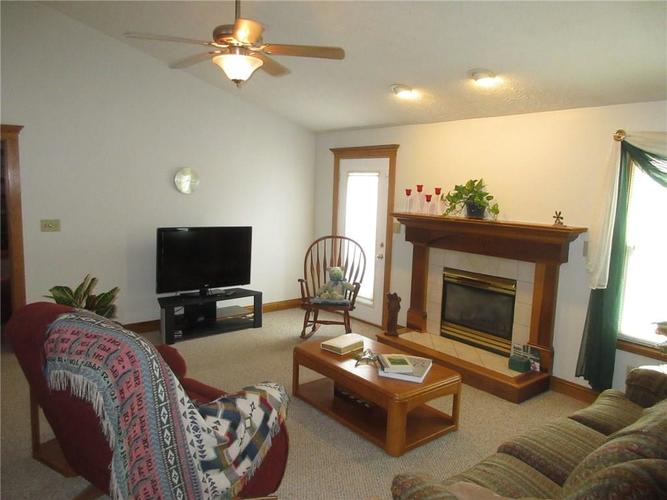 000 Confidential Ave.Greenwood, IN 46142   MLS 21663015   photo 7