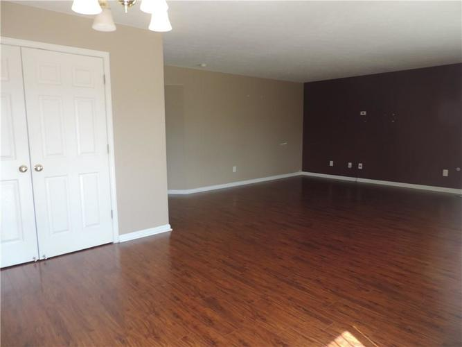 8933 New Church Boulevard Indianapolis, IN 46231 | MLS 21663029 | photo 16