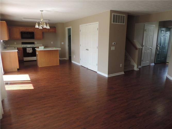 8933 New Church Boulevard Indianapolis, IN 46231 | MLS 21663029 | photo 25