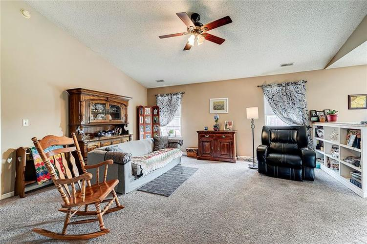 133 Brixton Woods West Drive Pittsboro, IN 46167   MLS 21663039   photo 10
