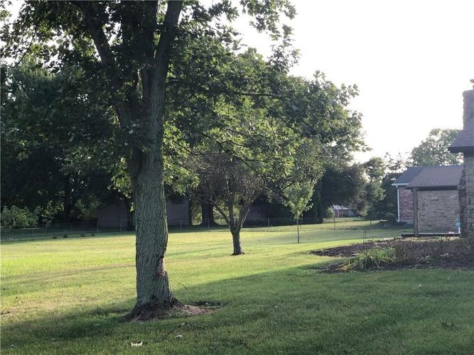 6405 W Mills Road Indianapolis, IN 46221 | MLS 21663281 | photo 27