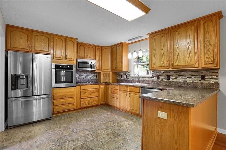 6003 Timberland Way Indianapolis, IN 46221   MLS 21663298   photo 12