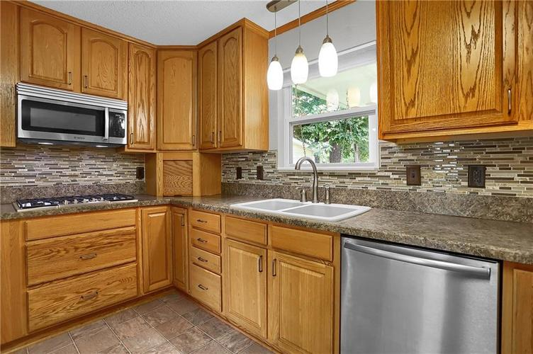 6003 Timberland Way Indianapolis, IN 46221   MLS 21663298   photo 14