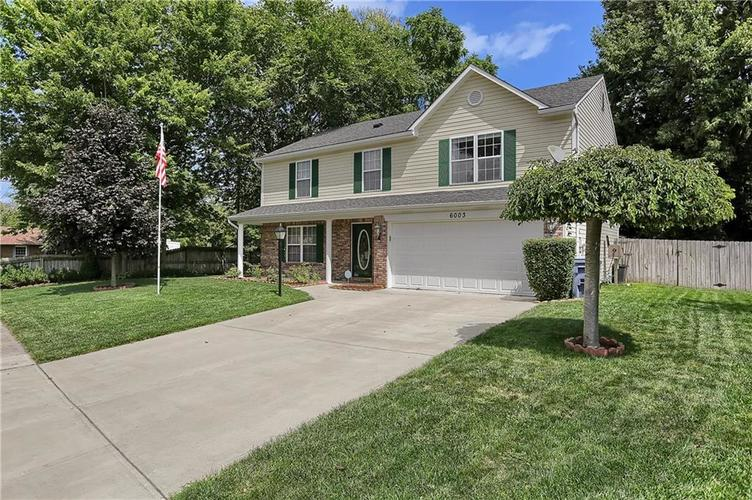 6003 Timberland Way Indianapolis, IN 46221   MLS 21663298   photo 2