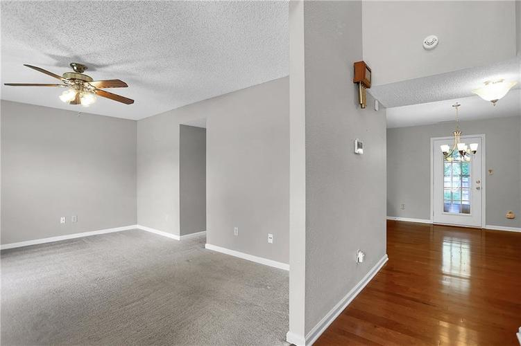 6003 Timberland Way Indianapolis, IN 46221   MLS 21663298   photo 4