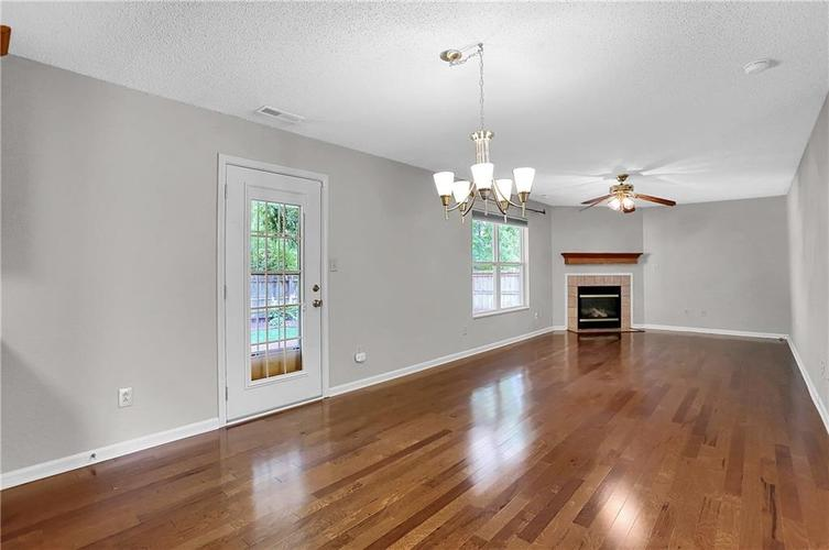 6003 Timberland Way Indianapolis, IN 46221   MLS 21663298   photo 8