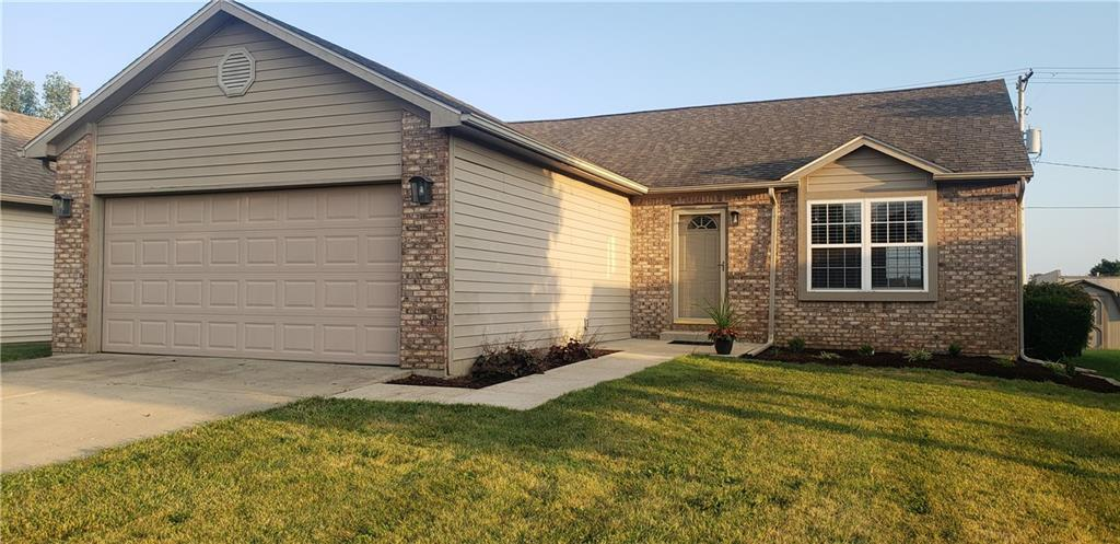 2031  Winfield Park Drive Greenfield, IN 46140 | MLS 21663299