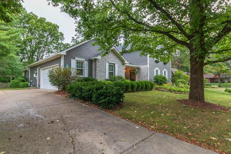 8926 SKIPPERS Way Indianapolis, IN 46256 | MLS 21663324 | photo 3