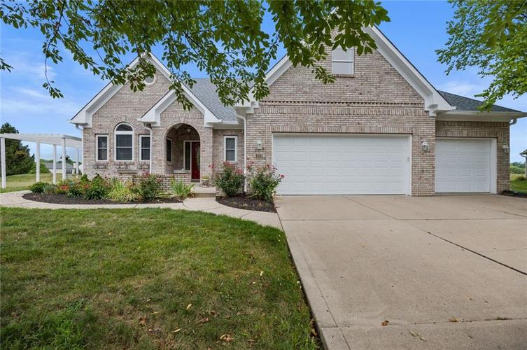 6321 E Chapel Hill Court Camby, IN 46113 | MLS 21663344 | photo 1
