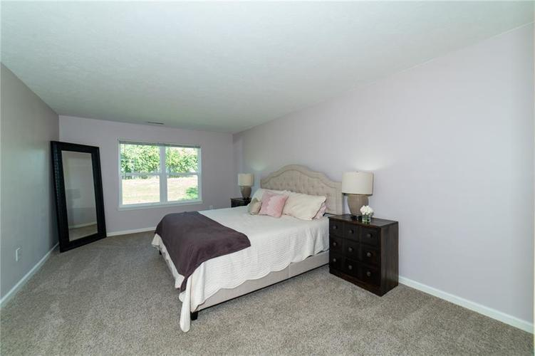 11076 COOL WINDS WAY Fishers, IN 46037   MLS 21663367   photo 13
