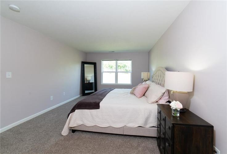 11076 COOL WINDS WAY Fishers, IN 46037   MLS 21663367   photo 14