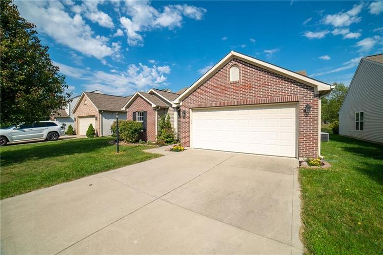 11076 COOL WINDS WAY Fishers, IN 46037   MLS 21663367   photo 3