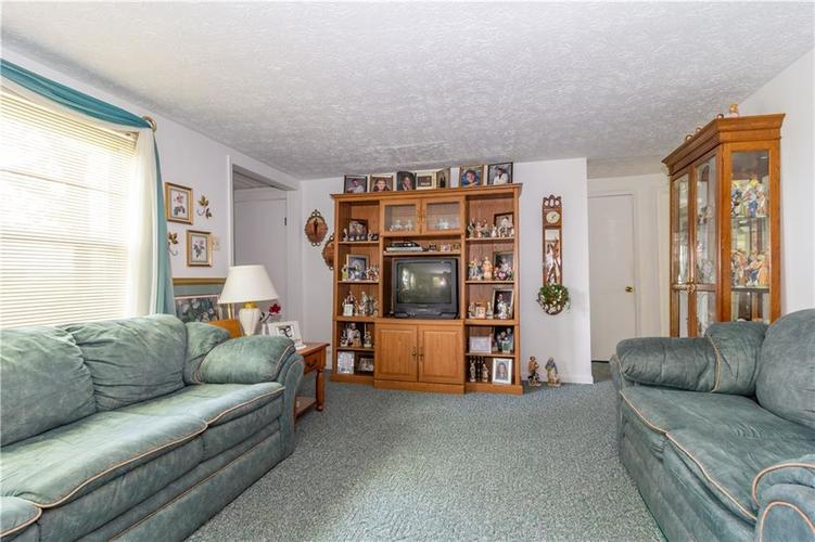 1221 W 1100 North Fountaintown, IN 46130 | MLS 21663369 | photo 28