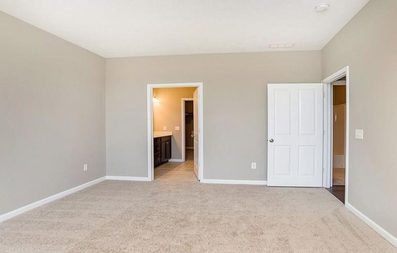 4951 E Amesbury Place Noblesville, IN 46062 | MLS 21663421 | photo 6
