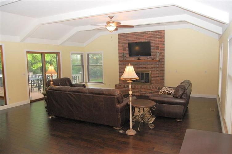 920 Southernview Drive N Lafayette, IN 47909 | MLS 21663466 | photo 4