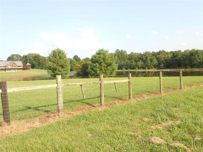 10371 S County Road 10 E Cloverdale, IN 46120   MLS 21663518   photo 31
