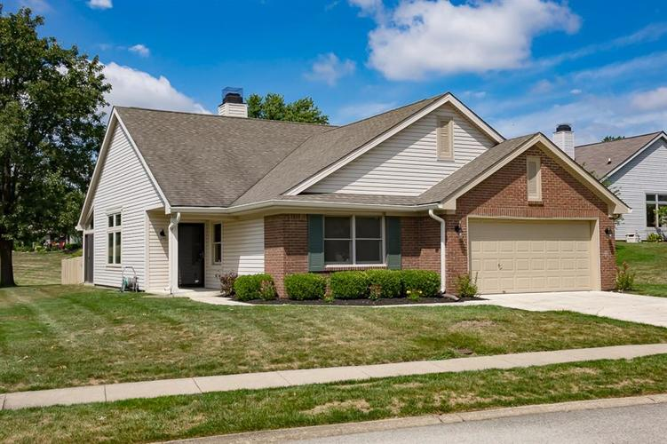 2075 Suda Drive Indianapolis, IN 46280 | MLS 21663561 | photo 1