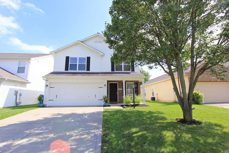 8123 CORKTREE Drive Indianapolis, IN 46239   MLS 21663565   photo 1