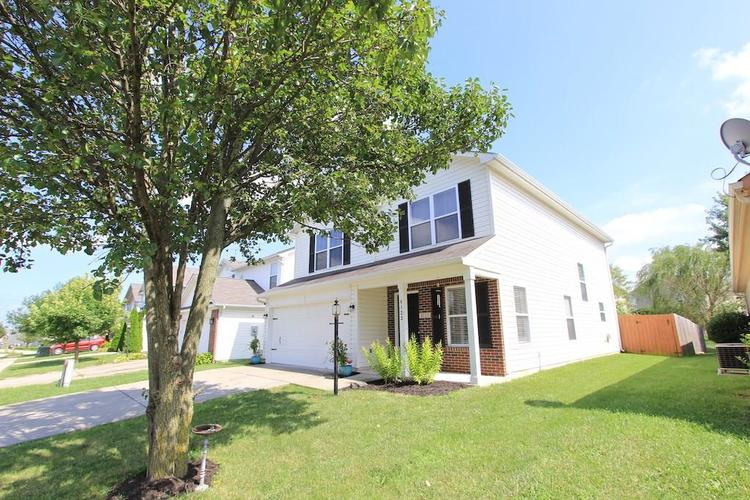 8123 CORKTREE Drive Indianapolis, IN 46239   MLS 21663565   photo 3