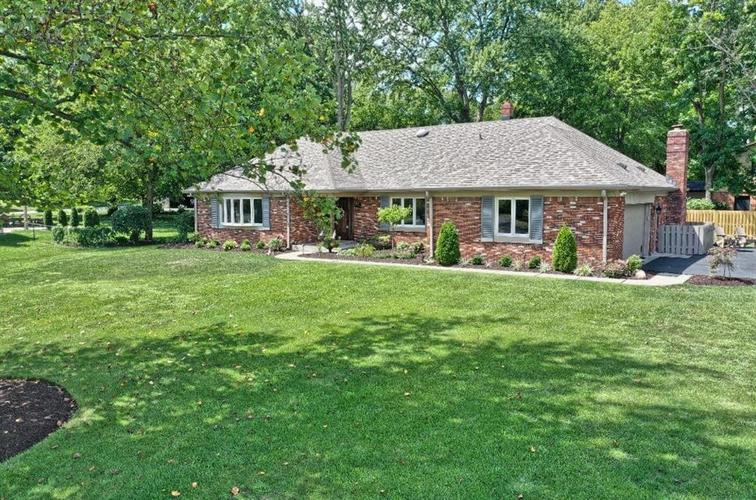 11304 W Lakeshore Drive Carmel, IN 46033 | MLS 21663568