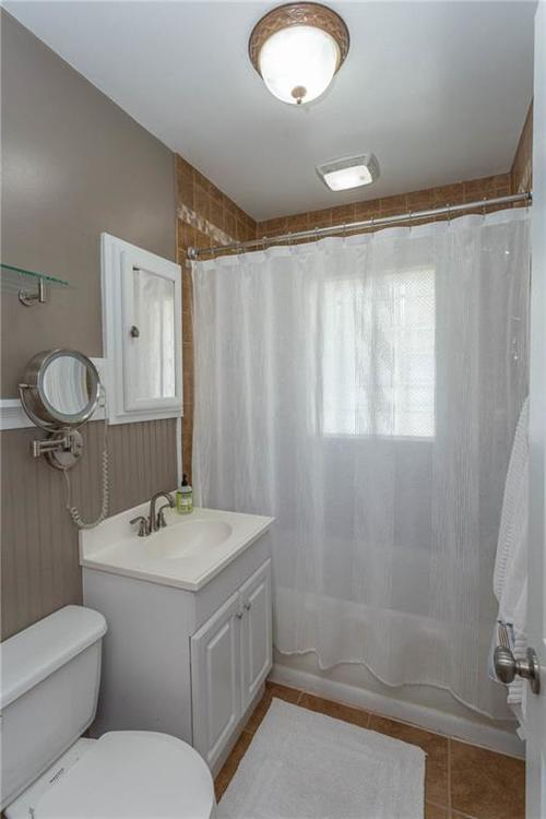 6264 N Central Avenue Indianapolis, IN 46220 | MLS 21663623 | photo 12