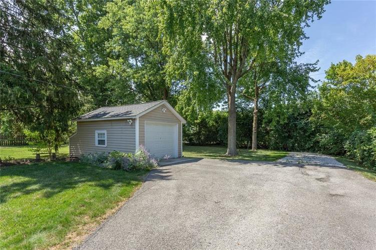 6264 N Central Avenue Indianapolis, IN 46220 | MLS 21663623 | photo 18