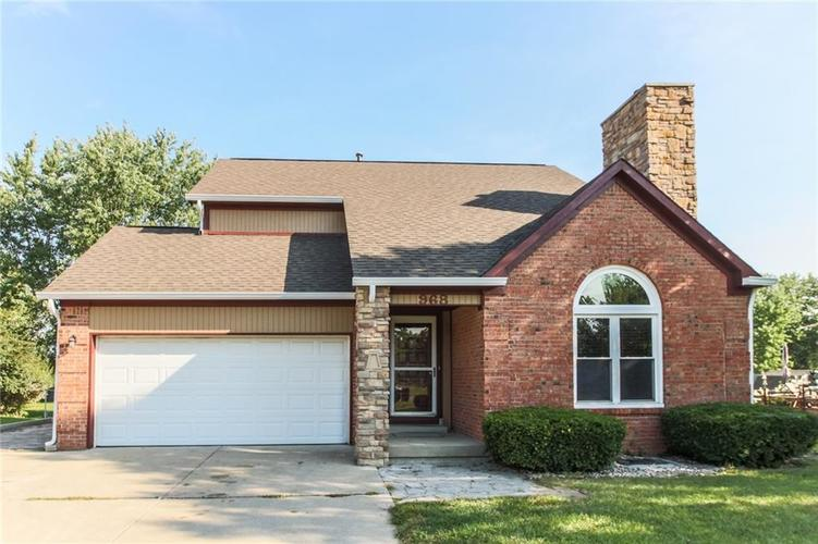 968 MARCY Lane Greenwood, IN 46143 | MLS 21663639 | photo 1