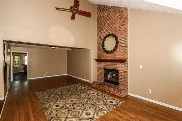 968 MARCY Lane Greenwood, IN 46143 | MLS 21663639 | photo 6