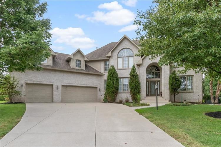 5250 Cherokee Court Carmel, IN 46033 | MLS 21663664 | photo 1