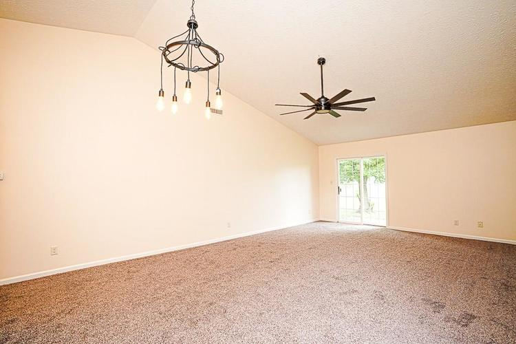 3245 Cold Harbor Drive Indianapolis, IN 46227 | MLS 21663668 | photo 10