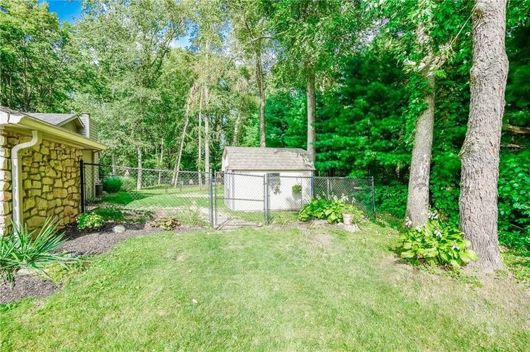 6901 Bloomfield Drive E Indianapolis, IN 46259 | MLS 21663783 | photo 6