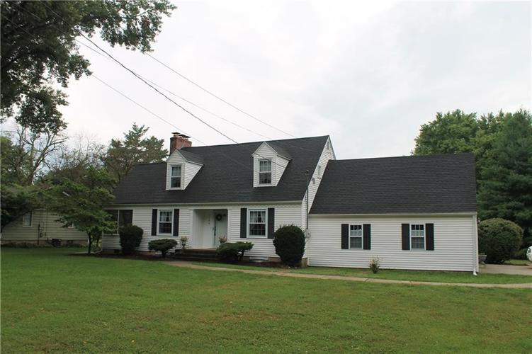 2144 W Country Club Road Crawfordsville, IN 47933 | MLS 21663800 | photo 5