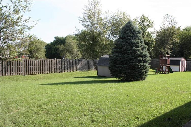 8446 Country Meadows Drive Indianapolis, IN 46234 | MLS 21663834 | photo 19
