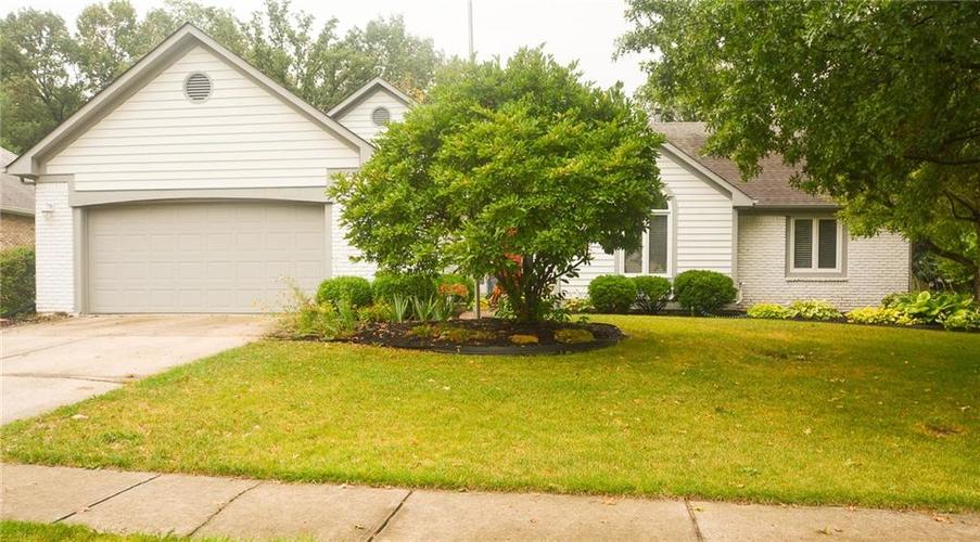 7319  Eastwick Lane Indianapolis, IN 46256 | MLS 21663841