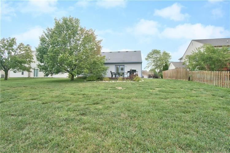 7175 Fields Drive Indianapolis, IN 46239 | MLS 21663846 | photo 16
