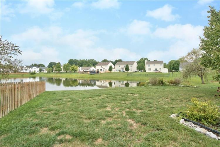 7175 Fields Drive Indianapolis, IN 46239 | MLS 21663846 | photo 2
