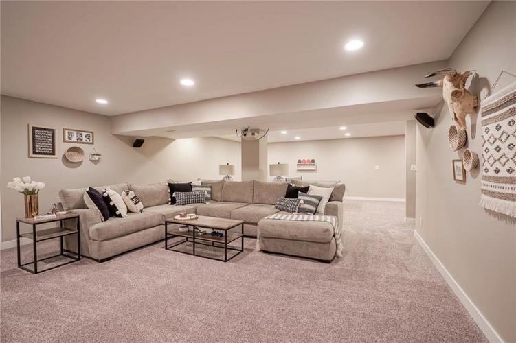 7232 Fields Way Indianapolis, IN 46239 | MLS 21663877 | photo 27