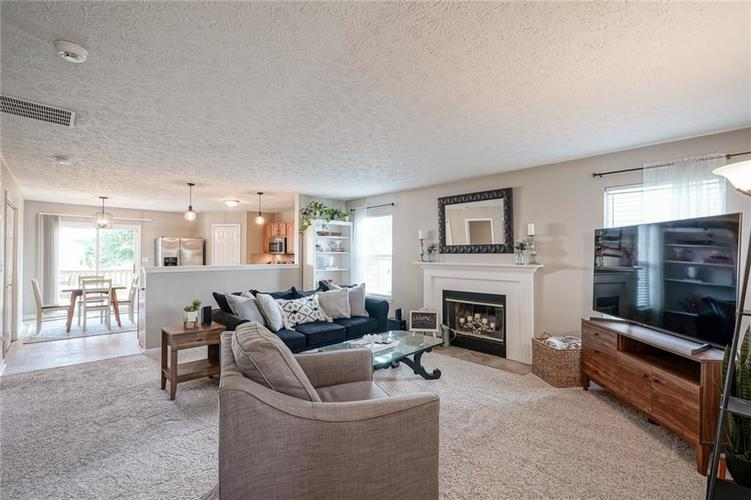 7232 Fields Way Indianapolis, IN 46239 | MLS 21663877 | photo 6