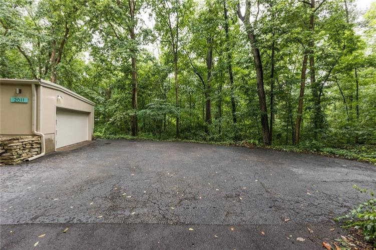 2011 Timber Hill Trail Indianapolis, IN 46217 | MLS 21663882 | photo 28