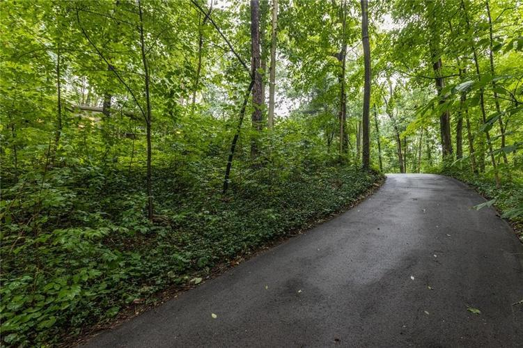 2011 Timber Hill Trail Indianapolis, IN 46217 | MLS 21663882 | photo 35