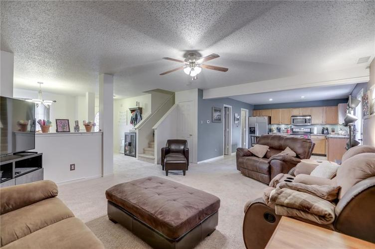 6644 Olive Branch Court Indianapolis, IN 46237 | MLS 21663932 | photo 10