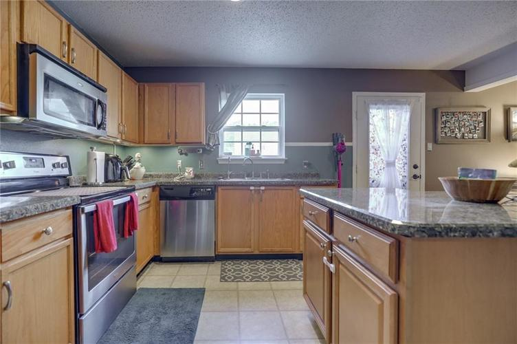 6644 Olive Branch Court Indianapolis, IN 46237 | MLS 21663932 | photo 13