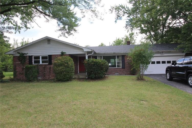 5207 E 68TH Street Indianapolis, IN 46220 | MLS 21663988