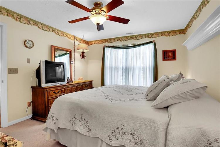7310 OAK KNOLL Drive Indianapolis, IN 46217 | MLS 21663993 | photo 26