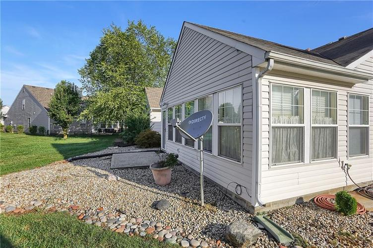7310 OAK KNOLL Drive Indianapolis, IN 46217 | MLS 21663993 | photo 34
